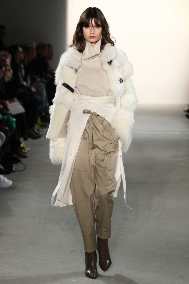 Dorothee Schumacher, Jacke mit Fell Applikationen, Fashion Week