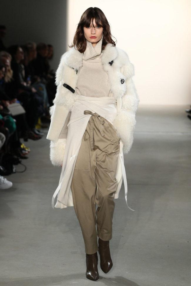 Dorothee Schumacher, Jacke mit Fell Applikationen, Fashion Week